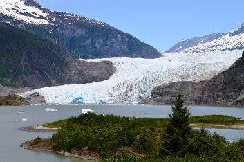 Mendenhall Glacier - blue ice cave in front